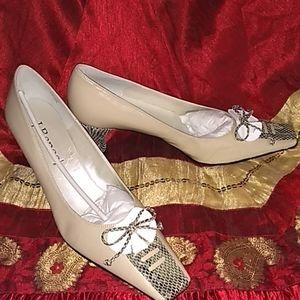 J. Renee BRAND NEW Heels